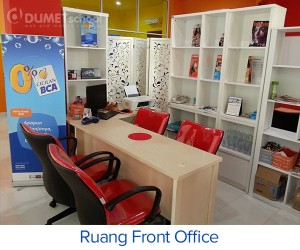Ruang Front Office Tempat Kursus Website di DUMET SCHOOLK